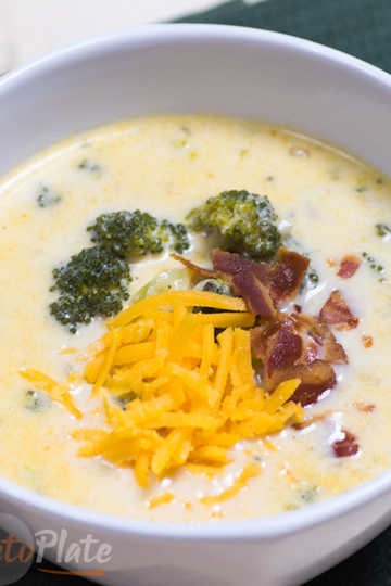 keto soup with cheese broccoli and bacon