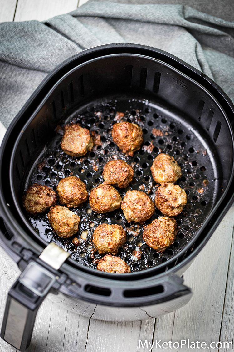 easy keto meatballs in the airfryer basket